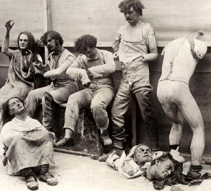 35-Melted-and-damaged-mannequins-after-a-fire-at-Madam-Tussauds-Wax-Museum-in-London-1930